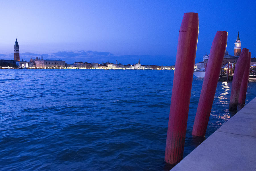 Venice Photograph - Venice At Sunset by Michel Colinet