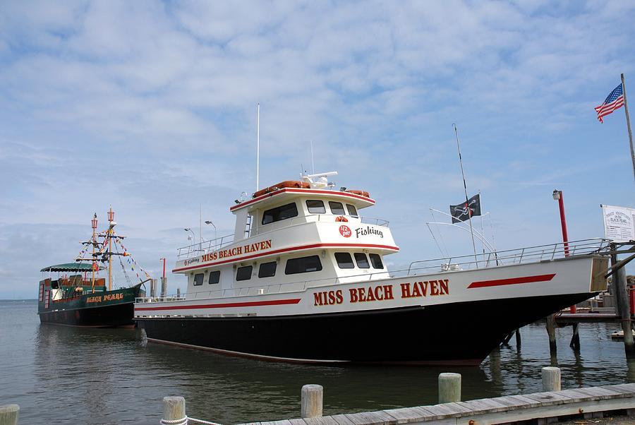 Vessel 109 Photograph By Joyce Stjames