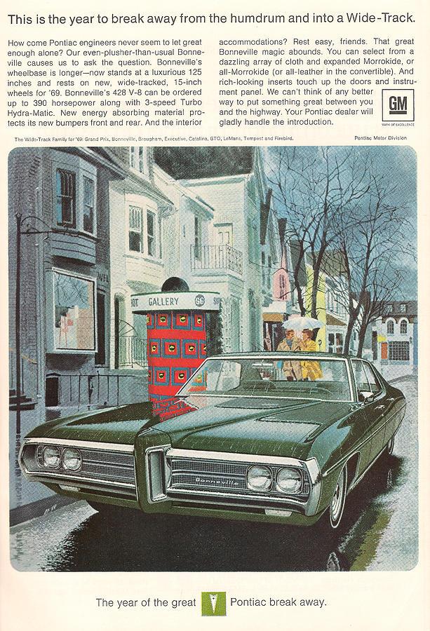 Gm Digital Art - Vintage Gm Pontiac by Georgia Fowler