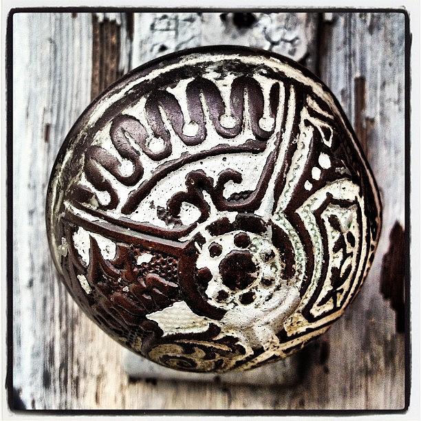 Vintage Photograph - Vintage Knob by Ken Powers
