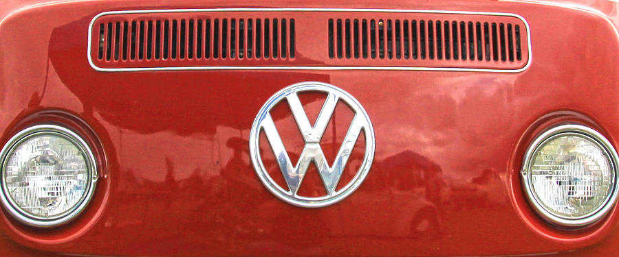 Vw Logo Photograph - VW by Steve McKinzie