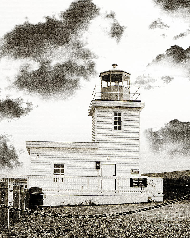 Bell Island Photograph - Wabana Lighthouse by Barbara Griffin