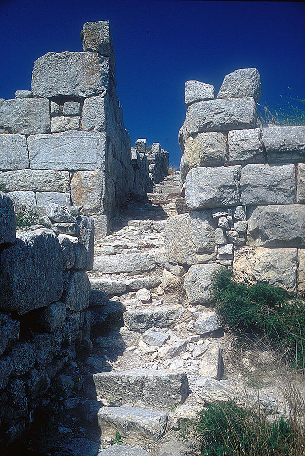 Walls Of Thera Photograph by Andonis Katanos