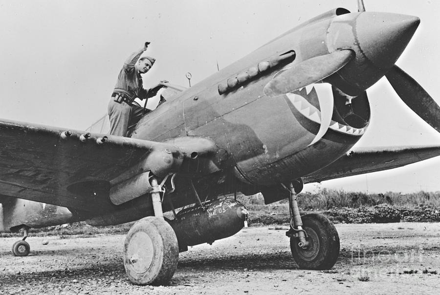 Warhawk P40 1943 Photograph - Warhawk P40 1943 by Padre Art