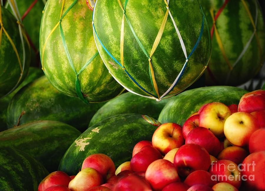 Fruit Photograph - Watermellons And Apples by Elaine Manley