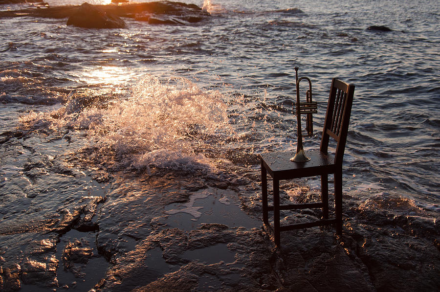 Chair Photograph - Wave Splash 2 by Ron Smith
