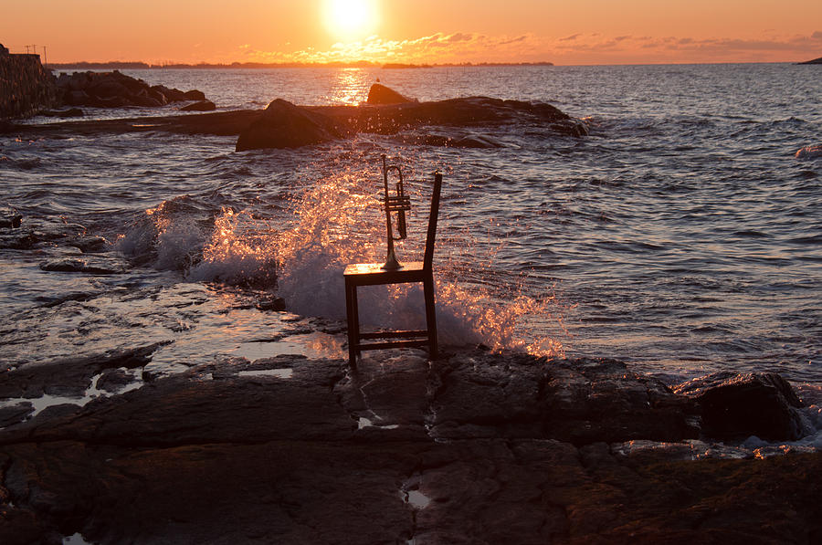 Chair Photograph - Wave Splash by Ron Smith