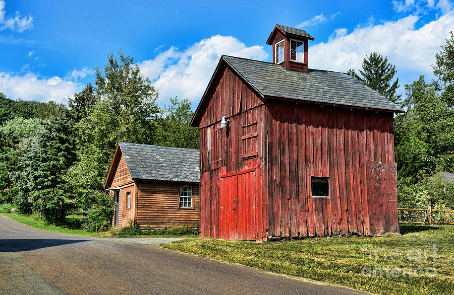 Red Barn Photograph - Weathered Red Barn by Paul Ward