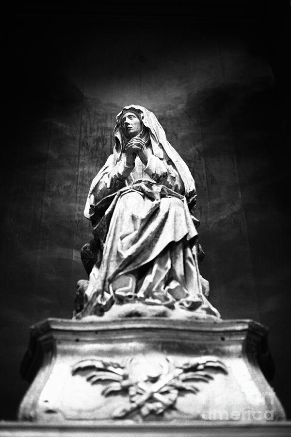 Weeping Photograph - Weeping Madonna by Gaspar Avila