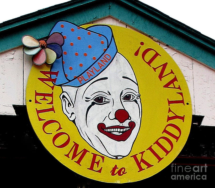 Amusement Park Photograph - Welcome To Kiddyland by Maria Scarfone