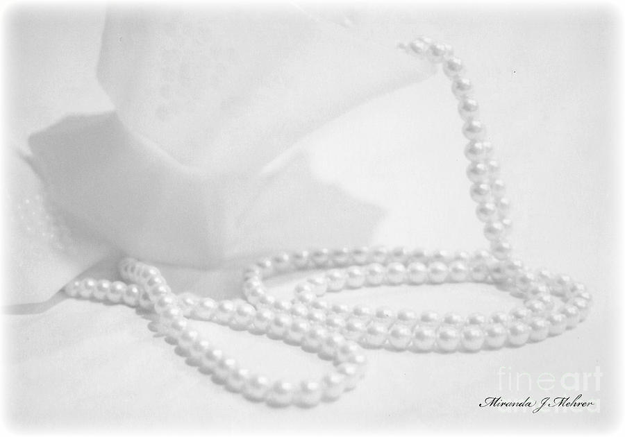 Necklace Photograph - White by Miranda Mehrer