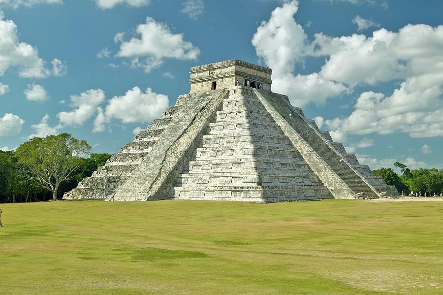 Horizontal Photograph - White Puffy Clouds Over The Mayan Pyramid Of Kukulkan (also Known As El Castillo) And Ruins At Chichen Itza, Yucatan Peninsula, Mexico by VisionsofAmerica/Joe Sohm