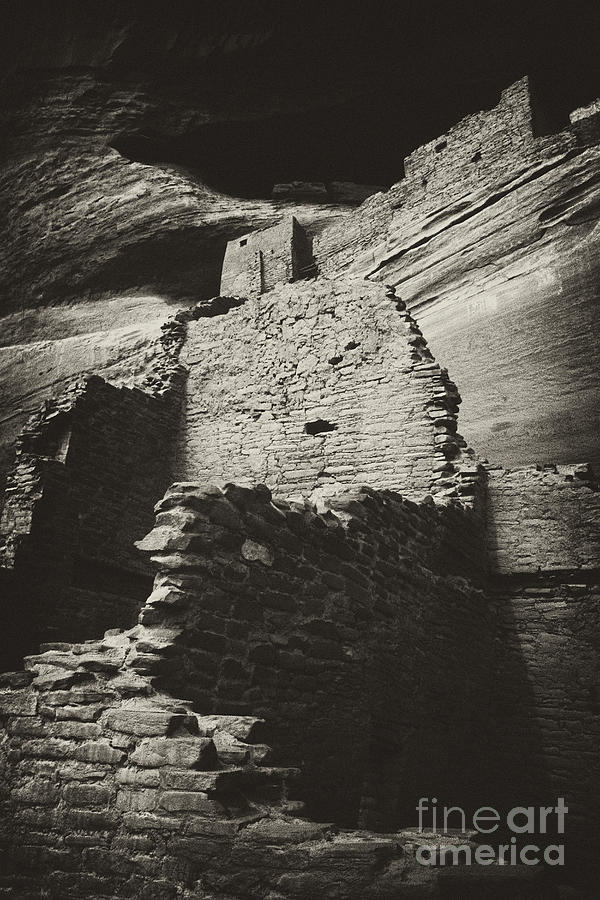 Canyon De Chelly Photograph - White Room House 2 by Paul W Faust -  Impressions of Light