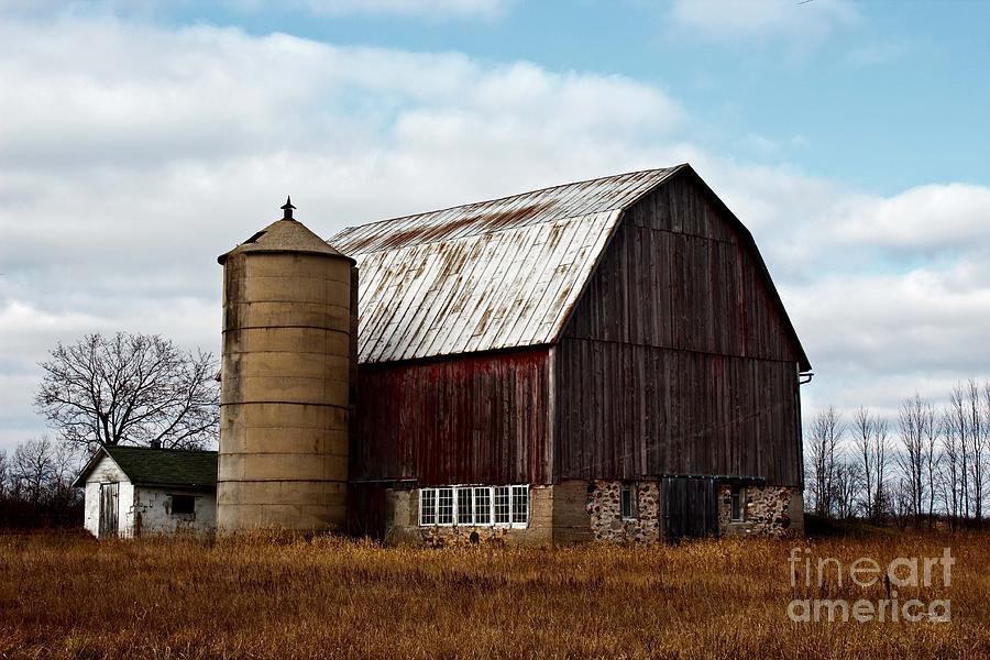 Dairy Barn Photograph - Wisconsin Dairy Barn by Ms Judi