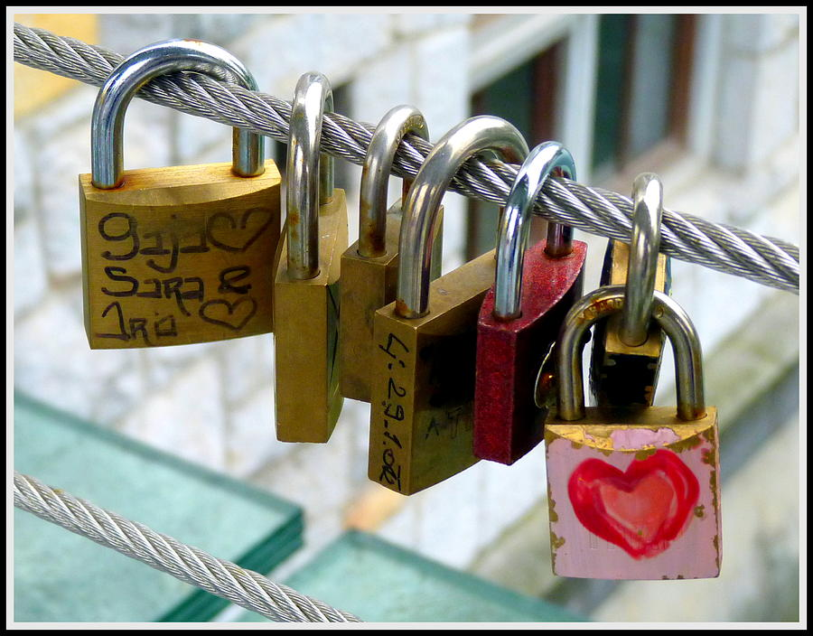 Lock Photograph - With All My Heart by Carla Parris