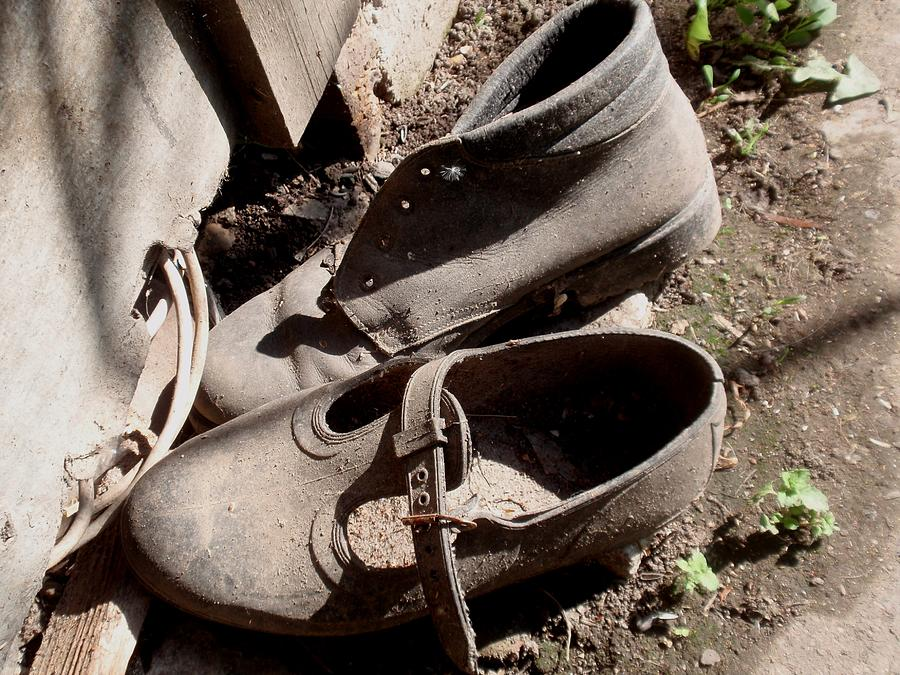 Old Shoes Photograph - Witness Of The Past by Valia Bradshaw