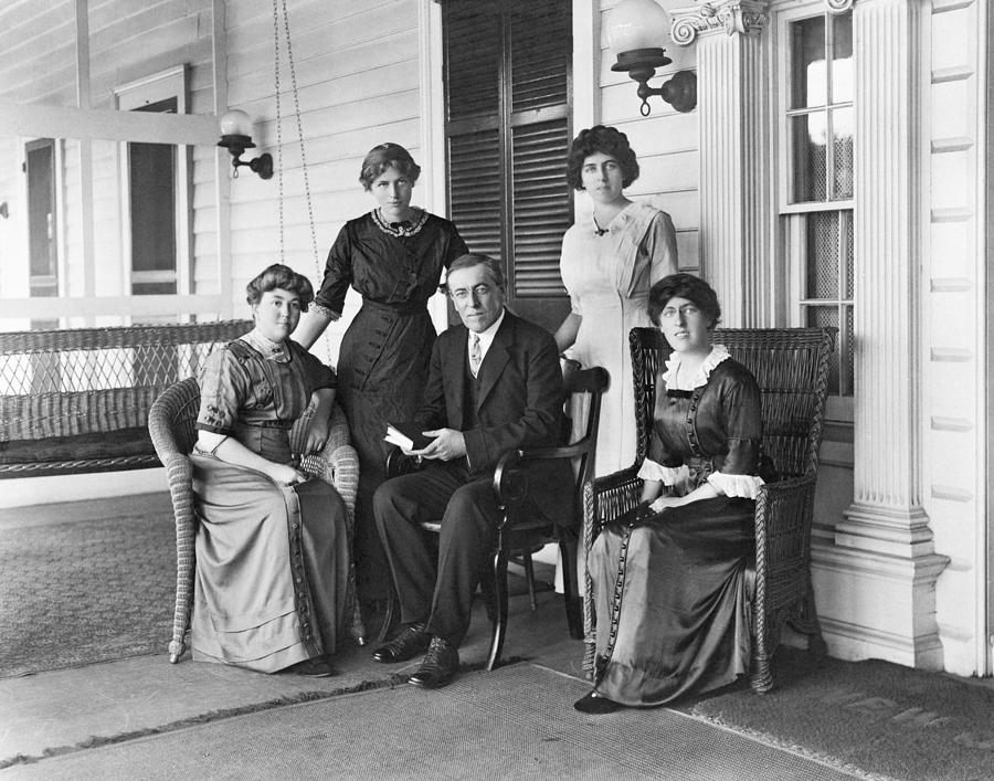 History Photograph - Woodrow Wilson With His First Wife by Everett