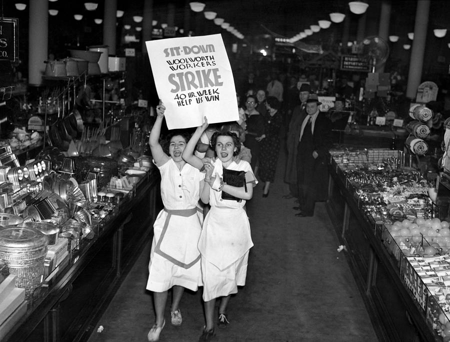 1930s Photograph - Woolworth Workers Go On Strike In New by Everett