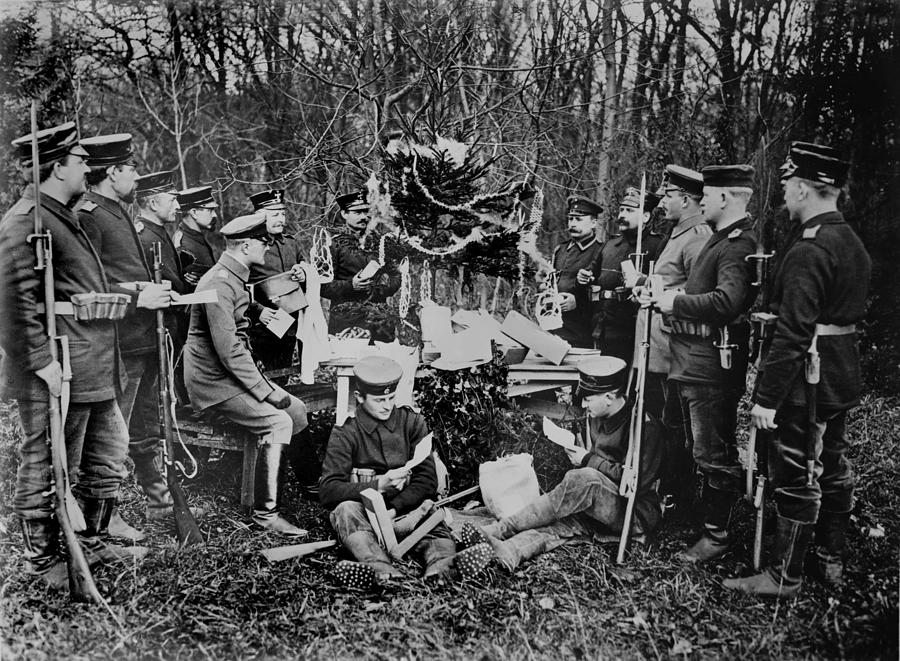 World War I, German Soldiers Christmas Photograph by Everett