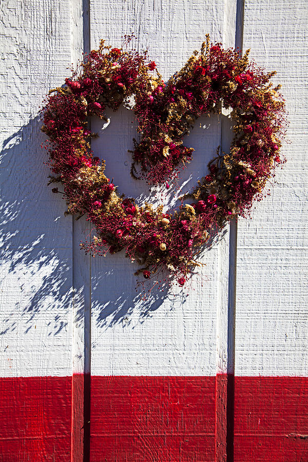 Walls Photograph - Wreath Heart On Wood Wall by Garry Gay