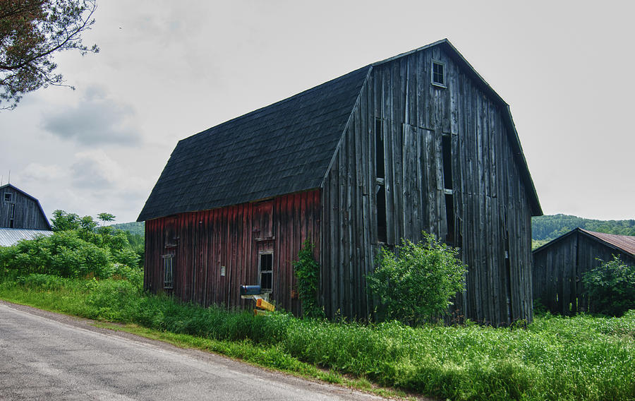 Barn Photograph - Wyoming County 5673c by Guy Whiteley