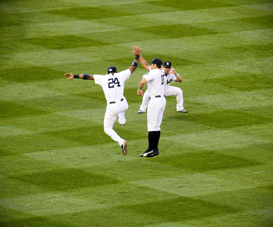 Yankees Photograph - Yankee High Five by Christopher McPhail