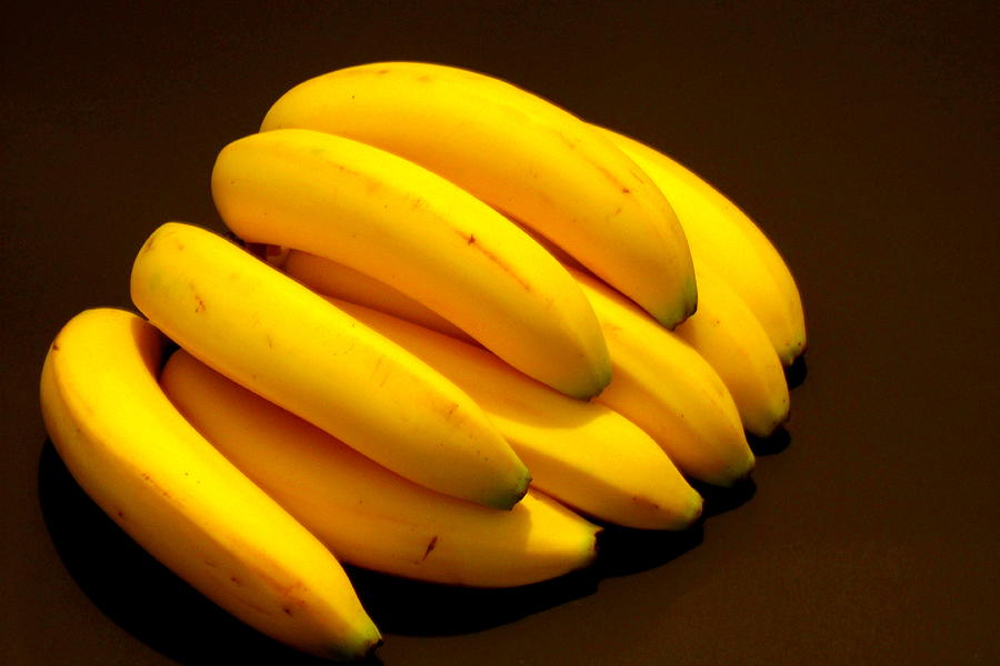 Bananas Photograph - Yellow Ripe Bananas by Jose Lopez