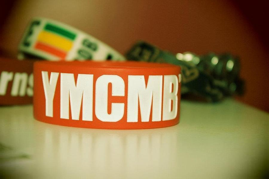 Lil Wayne Photograph - Ymcmb by Taylor Roberson