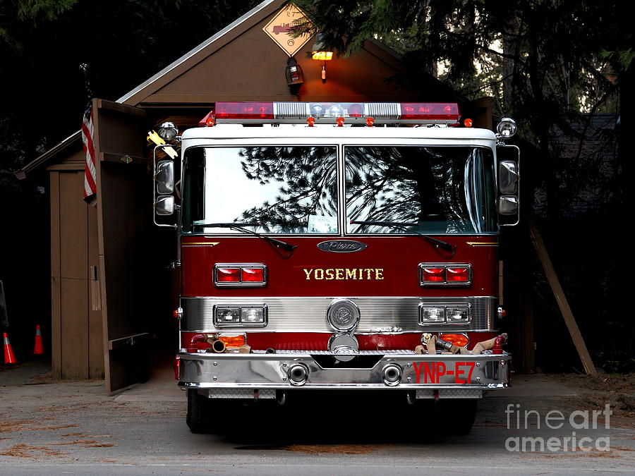 Transportation Photograph - Yosemite California Fire Engine . 7d6142 by Wingsdomain Art and Photography