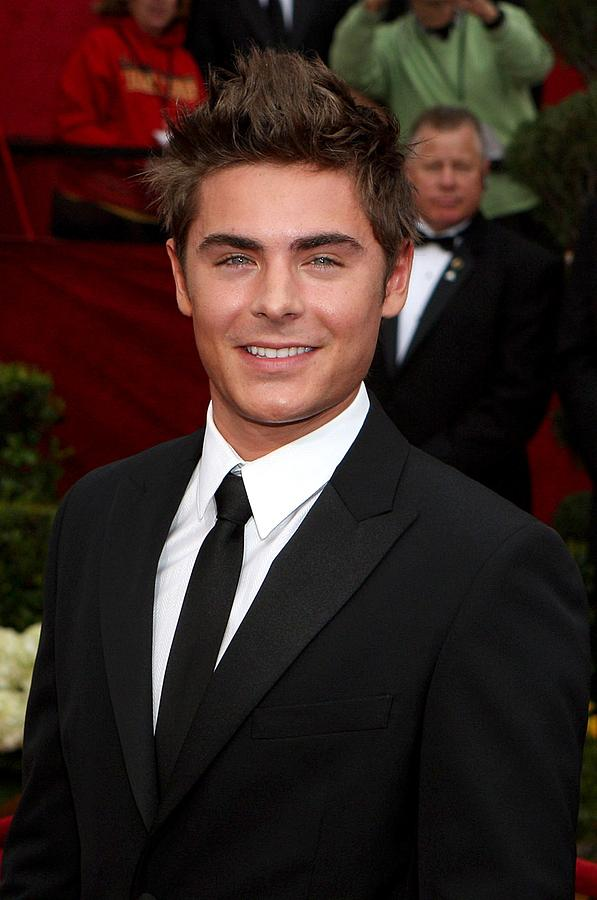 Zach Efron Photograph - Zach Efron At Arrivals For 82nd Annual by Everett