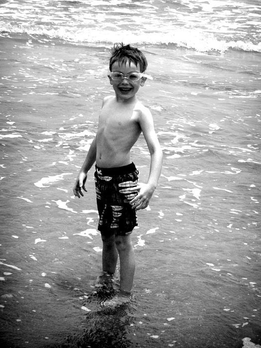 Kelly Hazel - Boy at the Ocean 2