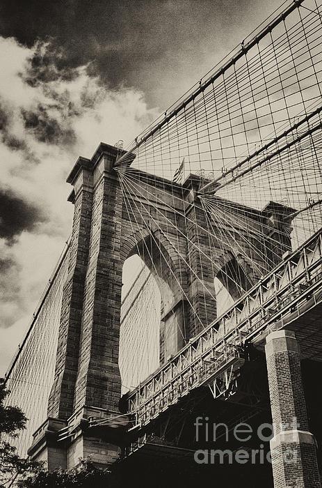 Vicki DeVico - Brooklyn Bridge