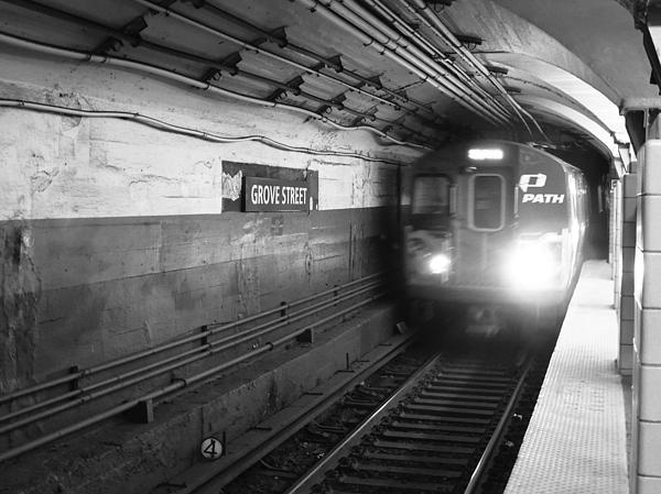 Oscar Meneses - City Train
