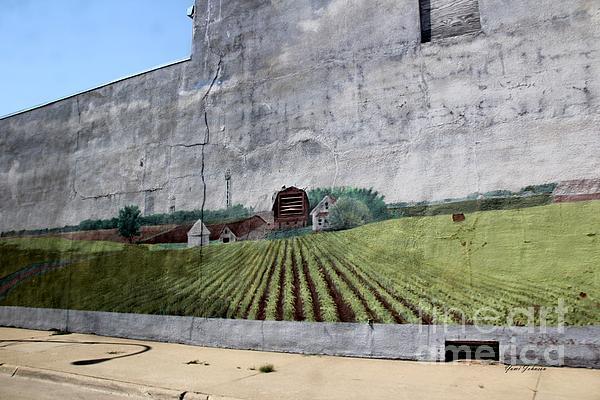 Yumi Johnson - Farm scene mural on the wall