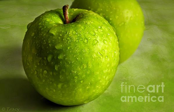 Tracy  Hall - Fresh Apples