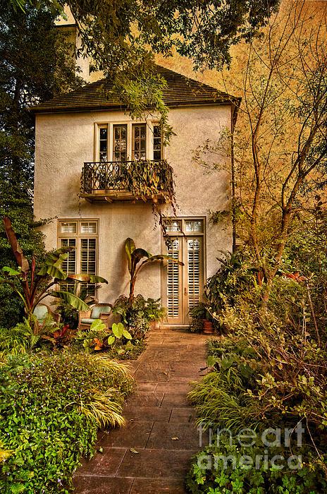 Barbara  Dawson  - Garden Home