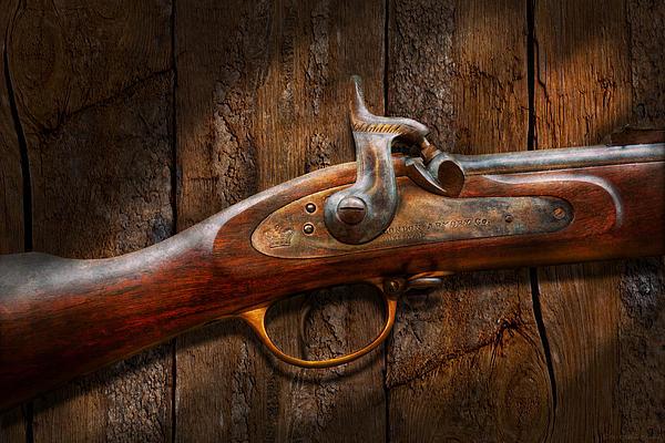 Mike Savad - Gun - Musket - London Armory