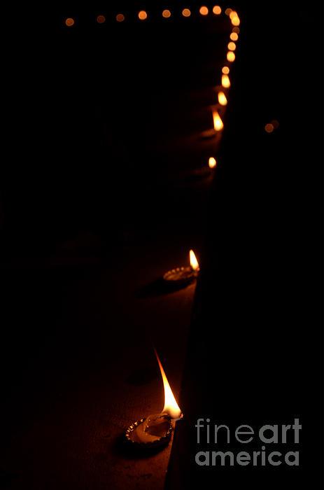Jiss Joseph - Lighting A Number Of Lamps  2