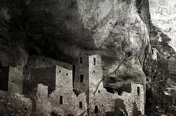 Ellen Heaverlo - Mesa Verde - Monochrome