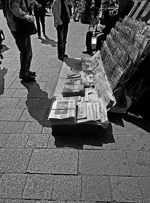 Madeline Ellis - Newspaper Stand 2 - Vienna