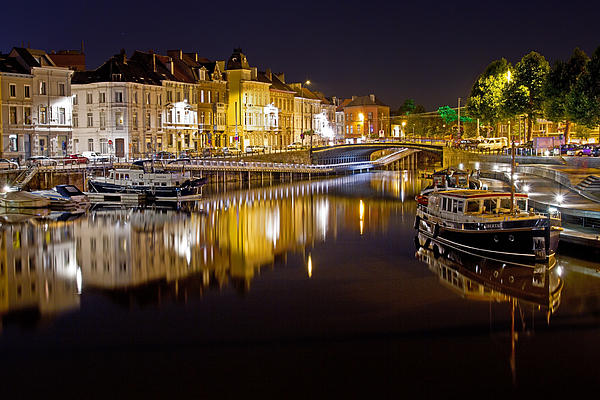 David Freuthal - Nighttime along the river Leie