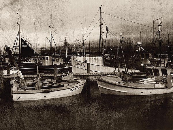 Florin Birjoveanu - Peace and Quiet at the Harbour