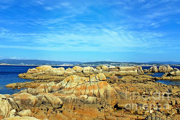 Ines Bolasini - Rock Beach
