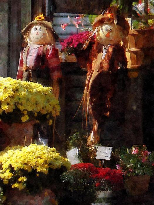 Susan Savad - Scarecrows and Mums