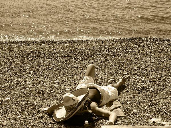 Kym Backland - She Siestas In The Sun