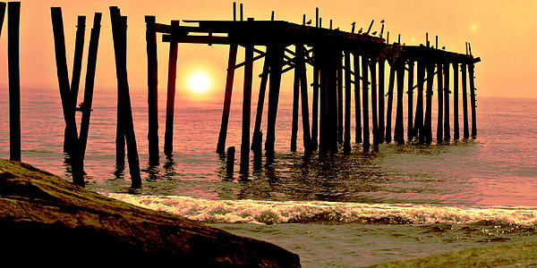 Tom Gari Gallery-Three-Photography - Sunset thru the Pier