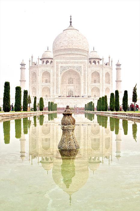 Valerie Rosen - Taj Mahal on the Vertical