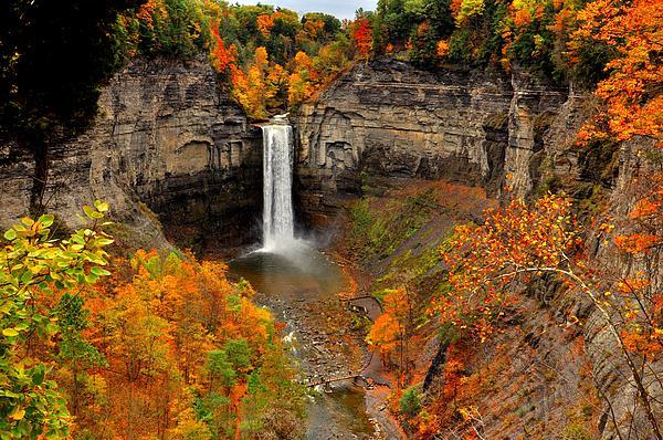Puzzles Shum - Taughannock falls  sate park  New York