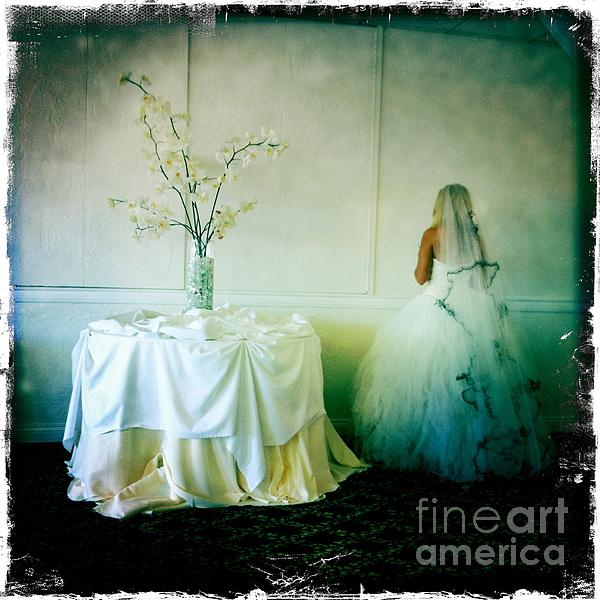 Nina Prommer - The bride takes a moment