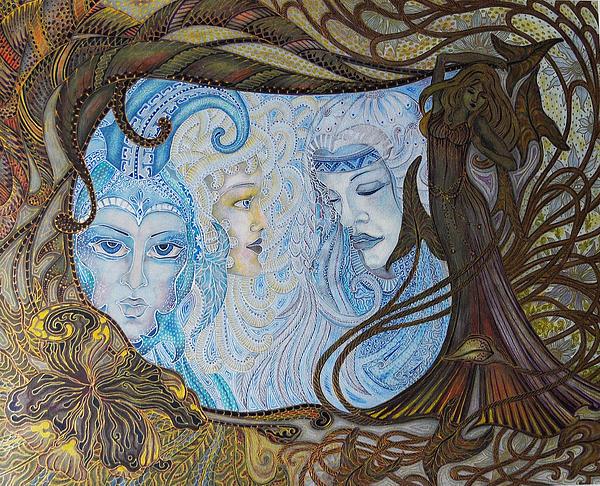 Ellie Perla - The Mirror of Laces